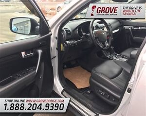 2012 Kia Sorento EX w/ Sunroof, Heated Leather Seats, AWD Edmonton Edmonton Area image 9