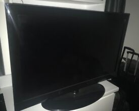 UMC TV - 40 inch Widescreen Full HD 1080p LCD TV with Freeview