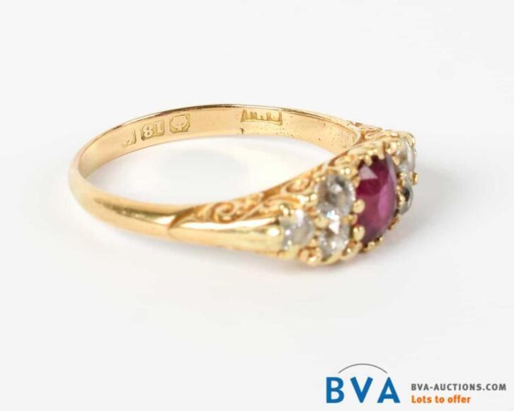 Online Veiling: Geelgouden ring met robijn en diamant - Enge