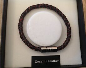 Equilibrium for Men, Bracelet, Pleated Brown magnetic clasp Leather, BNIB