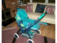 Dolls Pram converts into Pushchair and Carrycot
