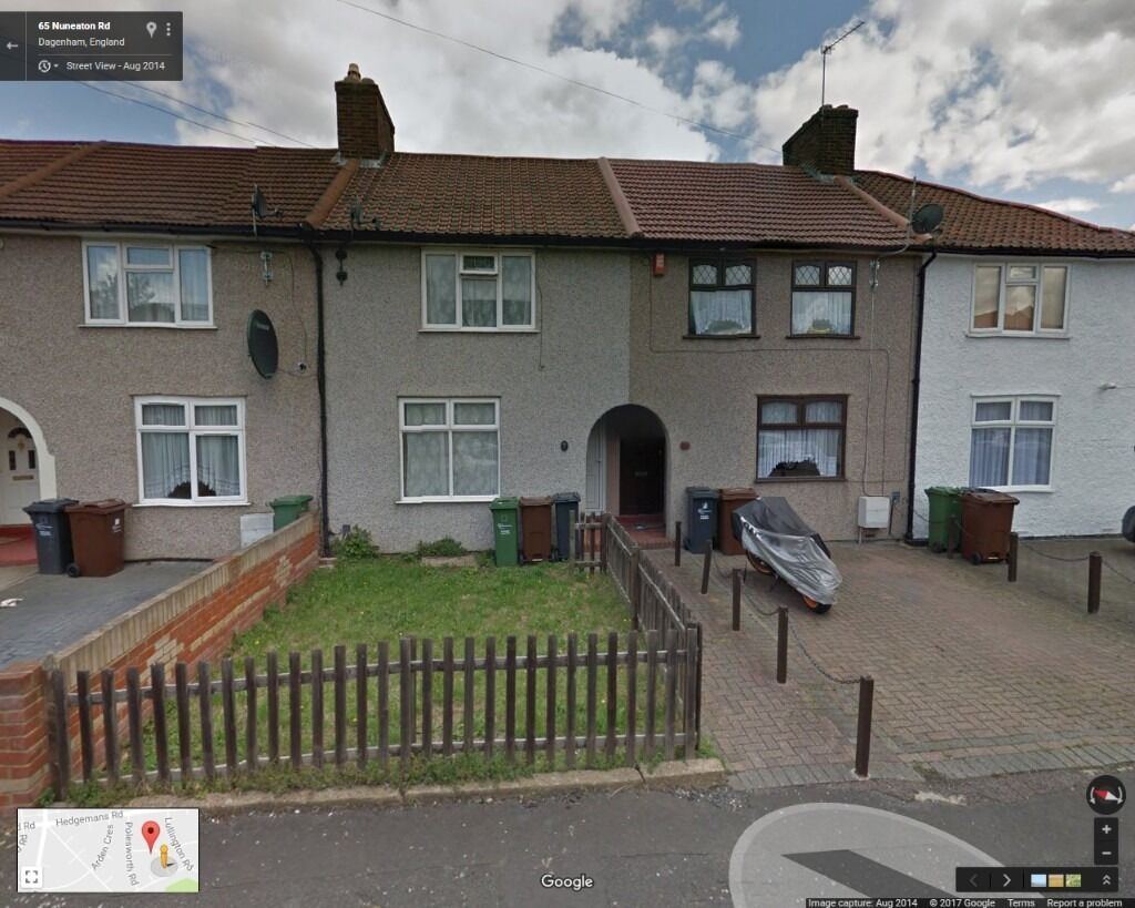 Beautiful 2 Bedroom House Ready To Move IN Dagenham, (RM9)