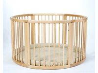 Large Wooden Playpen with Play Mat in Very Good Condition