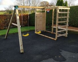 BRAND NEW CLIMBING FRAME AND SWING SET *XMAS PRICE DROP WAS £545 NOW £425*