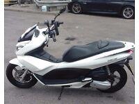honda pcx 125 White 2014, 9000 mileage