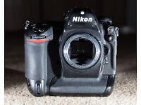 Nikon D2Hs DSLR Camera