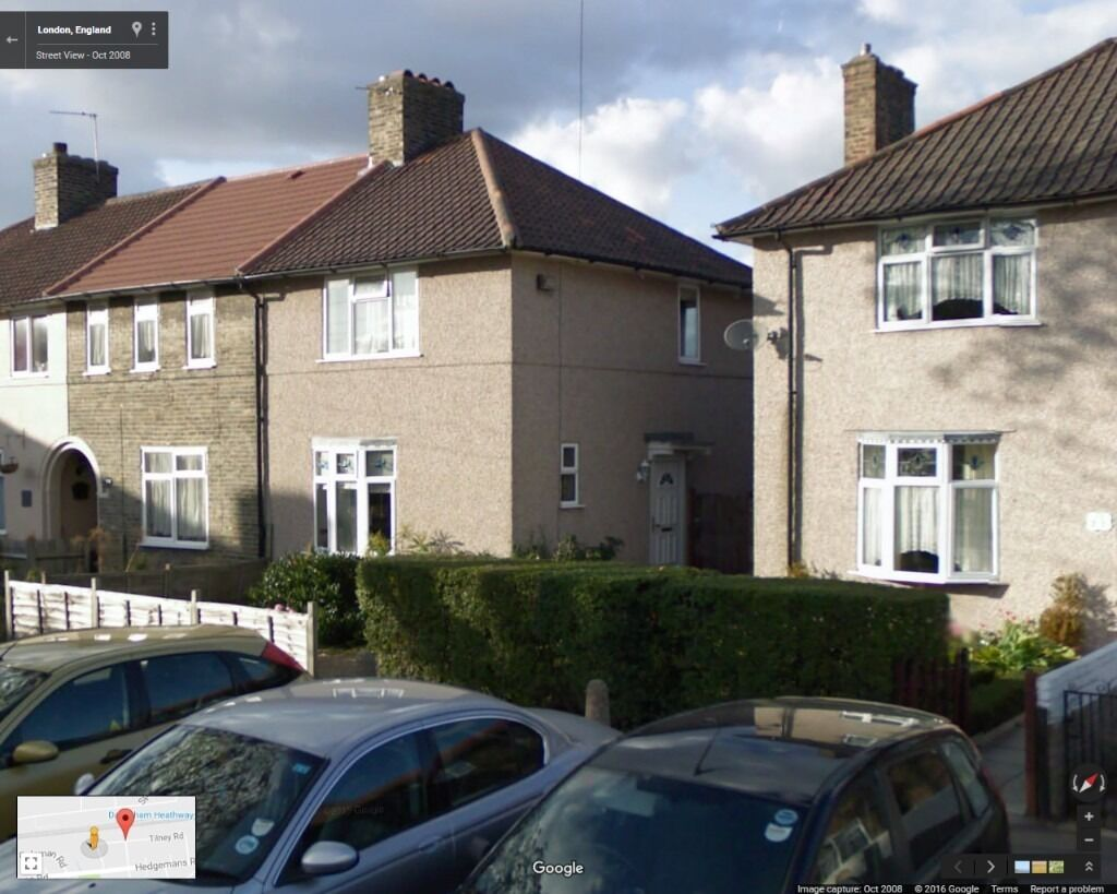4 BEDROOM HOUSE WITH 2 BATHROOM READY TO MOVE IN DAGENHAM MNS FROM HEATHWAY STATION