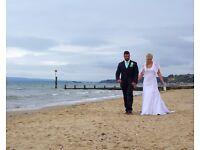 Freelance PHOTOGRAPHER - Weddings/ Portraits/ Parties/ Promotion
