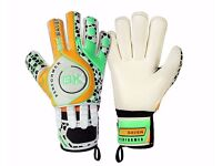 Brand New Goalkeeper Gloves Size 4 - Clearance sale