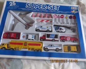 25 Piece Die Cast & Plastic Airport Set