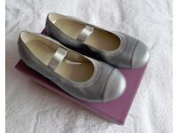 Clarks Girls Party Shoes / Pumps - Size 12