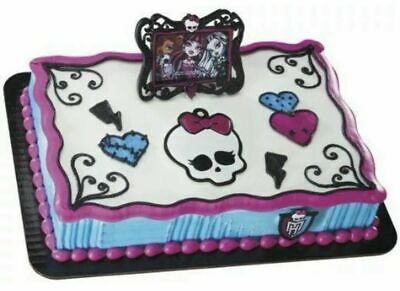 Monster High Cake Toppers (Monster High Cake Topper Set Decopac (Photo Frame, Skullette & Ring))