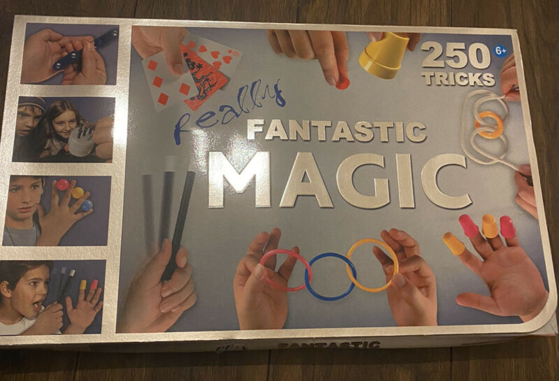 FANTASTIC+MAGIC+SET+-+250+TRICKS