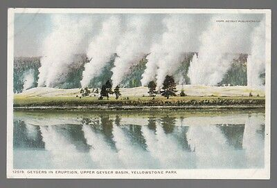 [52006] OLD POSTCARD GEYSERS IN ERUPTION, UPPER GEYSER BASIN AT YELLOWSTONE PARK
