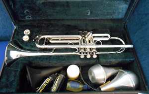 Yamaha Professional Series B Flat Silver-Plated Tumpet YTR-6335S Brisbane City Brisbane North West Preview