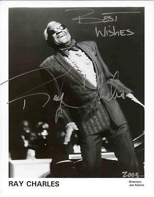 2003 AUTOGRAPHED *RAY CHARLES LIVE* REPRINT 8X10 B&W PHOTO SIGNED FREE S&H