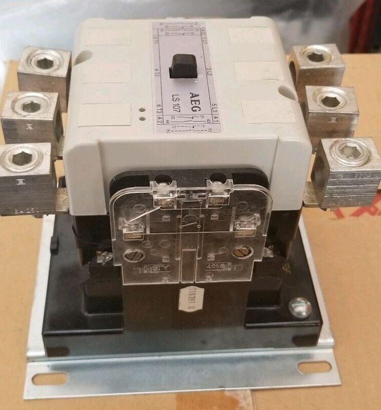 AEG LS107 Contactor 910-337-141-26, 135A, 600V AC