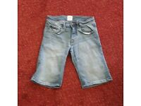 "Burton men's shorts (to fit W28"")"