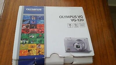 Olympus VG-120 14MP 3'' SCREEN 5X ZOOM DIGITAL CAMERA , usato usato  Nocera Inferiore