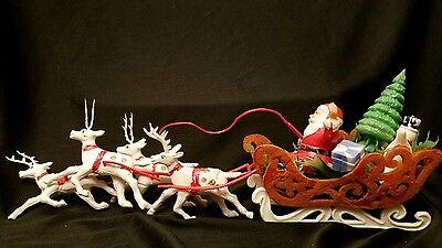 LOT VINTAGE CHRISTMAS OLD PLASTIC SANTA CLAUS SLEIGH WHITE REINDEER TOY DISPLAY