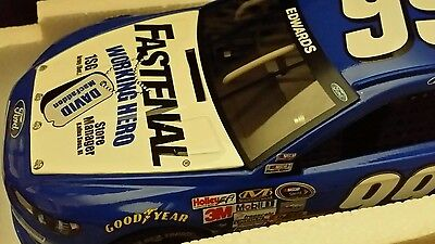 Carl Edwards Action Lionel 2013  99 Fusion Fastenal Heroes 1 24 Nascar Die Cast