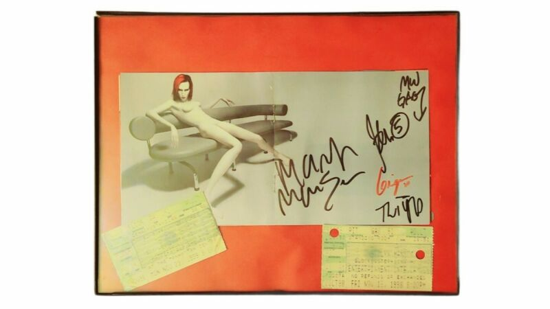 MARILYN MANSON SIGNED AUTOGRAPH MECHANICAL ANIMALS PHOTO FRAMED 11x8 1/2