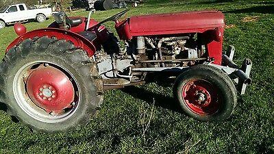 Vintage Massey Ferguson To 35 Tractor