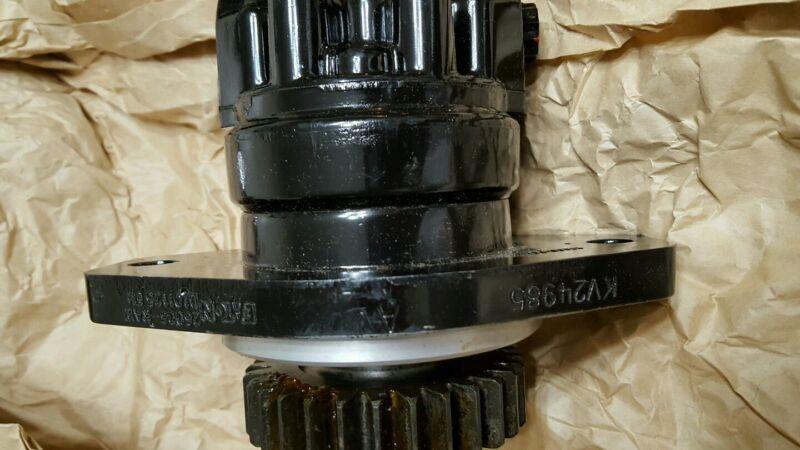JOHN DEERE 332 SKID STEER HYDRAULIC PUMP P/N KV24985