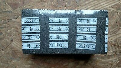 Grill - Brick - Griddle/Grill Cleaner - BBQ Barbecue Scraper griddle Cleaning