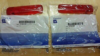 GENUINE GM REAR DOOR TRIM PANEL REFLECTOR SET CHEVY GMC #15183155 & 15183156 Door Trim Panel Reflector