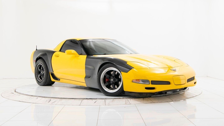 2003 Yellow Chevrolet Corvette Z06  | C5 Corvette Photo 3