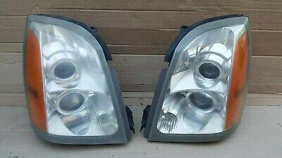 2004-2009 Cadillac SRX OEM Halogen Headlight Assemblies Pair LH & RH w/ all tabs