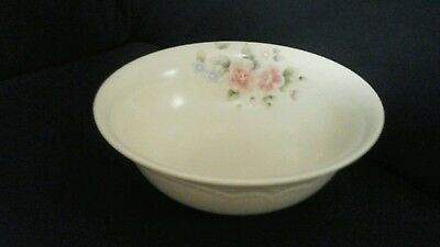 Pfaltzgraff TEA ROSE Round Vegetable Bowl 8 3/4