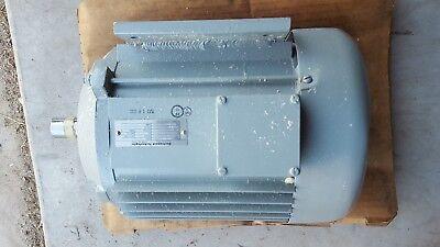 Electromech Technology Motor M-8040-2 3phs 400 Hz 200v 24amp 7hp 3840rpm