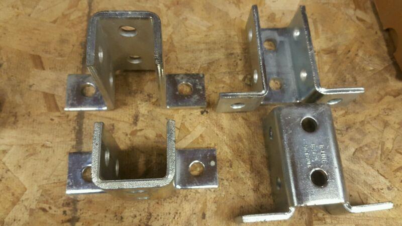 Unistrut B-line (B272) 8-hole wing fitting (1pcs) zinc