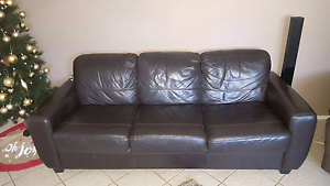 3 and 2 seater lounges Kearns Campbelltown Area Preview