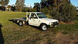 Toyota Hilux low km ute Stockton Newcastle Area Preview