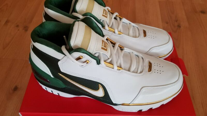 c1c63047ec1 Nike Air Zoom Generation SVSM Lebron James St Vincent AO2367-100 Size 10.5