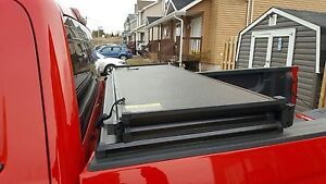 Extang try-fold hard tonneau cover