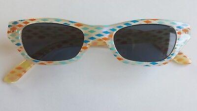 Coole Kinder Sonnenbrille Mädchen CE- vom Optiker mit Etui
