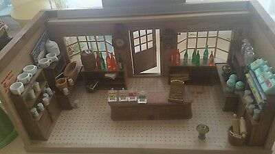 Vintage TOMY Sylvanian Families Village Store RARE with many accessories