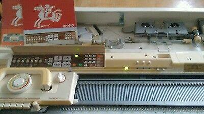 Brother eLECTROKNIT Knitting Machine KH910