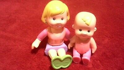 Fisher Price My First Dollhouse Doll Figure Lot a Loving Family Mom & Baby