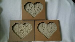 The-Pampered-Chef-Hospitality-2001-Autumn-2002-Spring-2003-Heart-Cookie-Molds