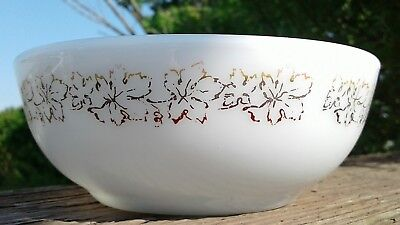 Cereal Dish - RARE PYREX DOUBLE TOUGH BURNT IN LEAVES #705 SOUP CEREAL BOWL (DISH WASHER SAFE)