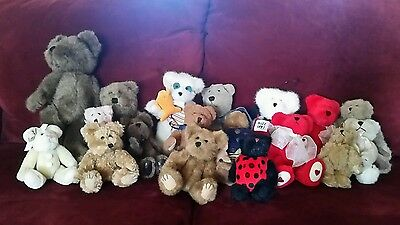 Vintage MIXED LOT of 18 BOYDS  stuffed plush BEARS  1 NWT