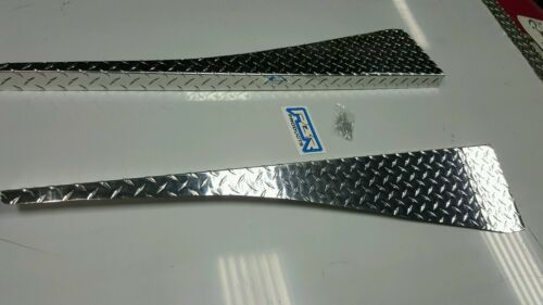 JEEP wrangler TJ  DIAMOND PLATE  FENDER TOPS  WITH large 1.5 inch BEND.