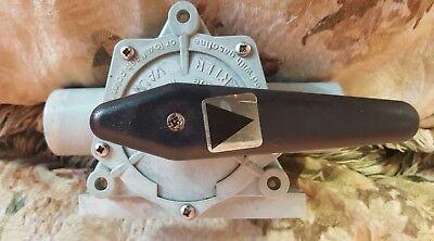 Whale Marine DV5606 Diverter Valve