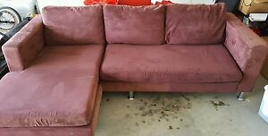 BROWN CHAISE SOFA (PICK UP OR DELIVERY) Prestons Liverpool Area Preview