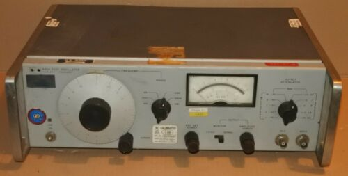Vintage HP 652A Test Oscillator AS IS